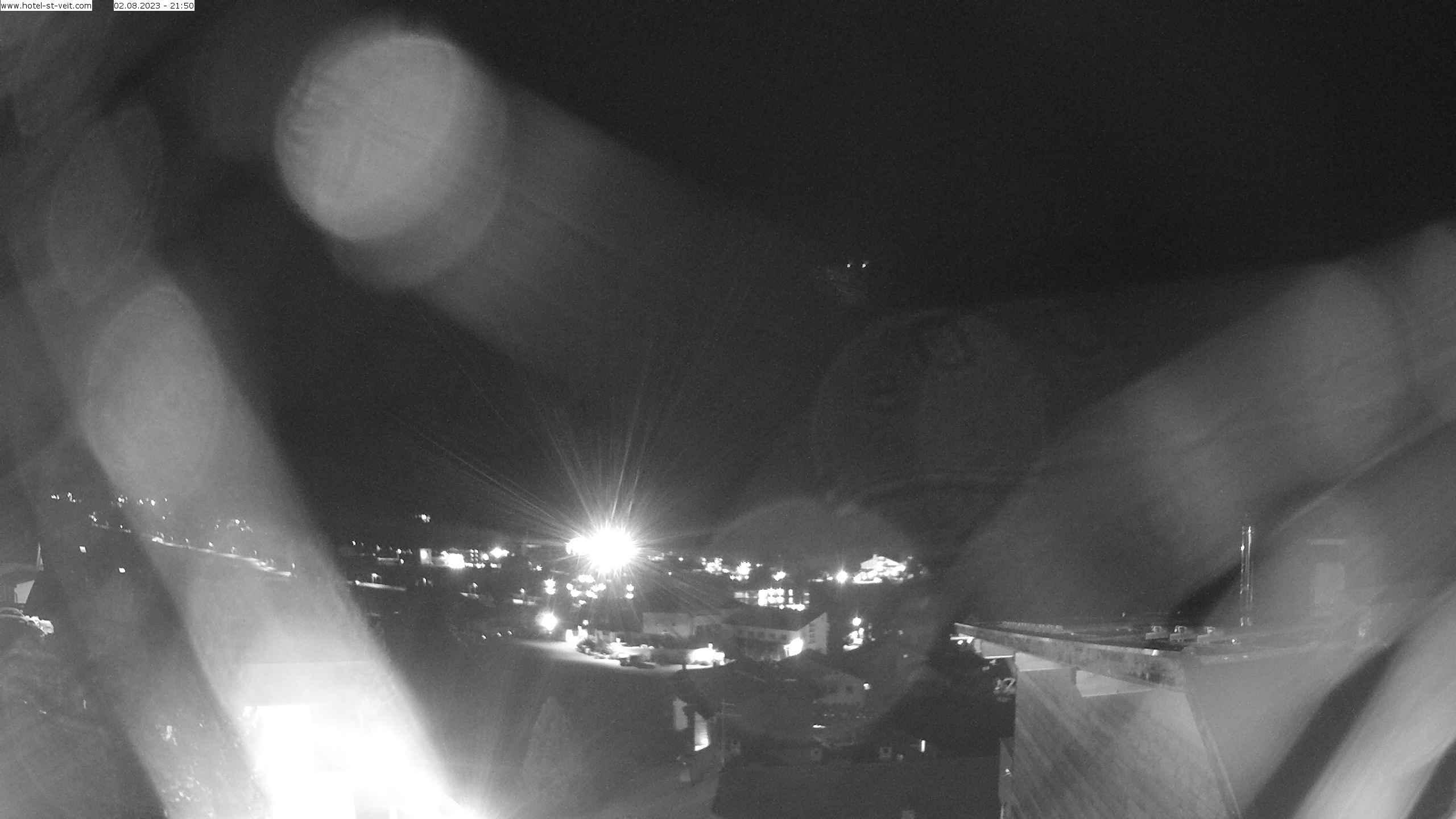 Hotel St.Veit in Sexten mit Ausblick auf Dolomiten